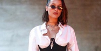 https://do5ctr7j643mo.cloudfront.net/wp-content/uploads/2017/07/07143956/transporter-Bella-Hadid-corset-top.jpg