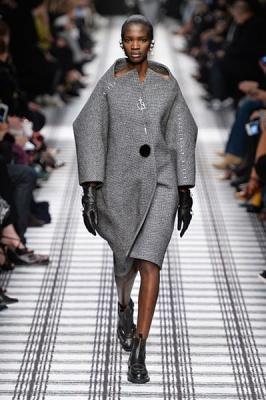 Balenciaga Fall 2015 Collection