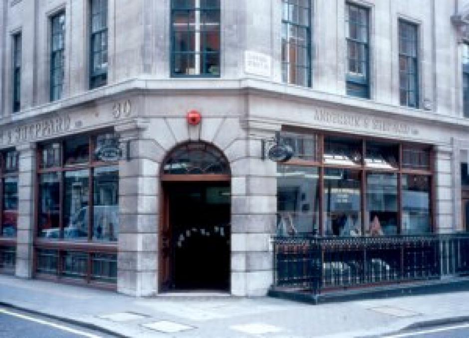 Tiffany & Co.'s Elsa Peretti® Collection