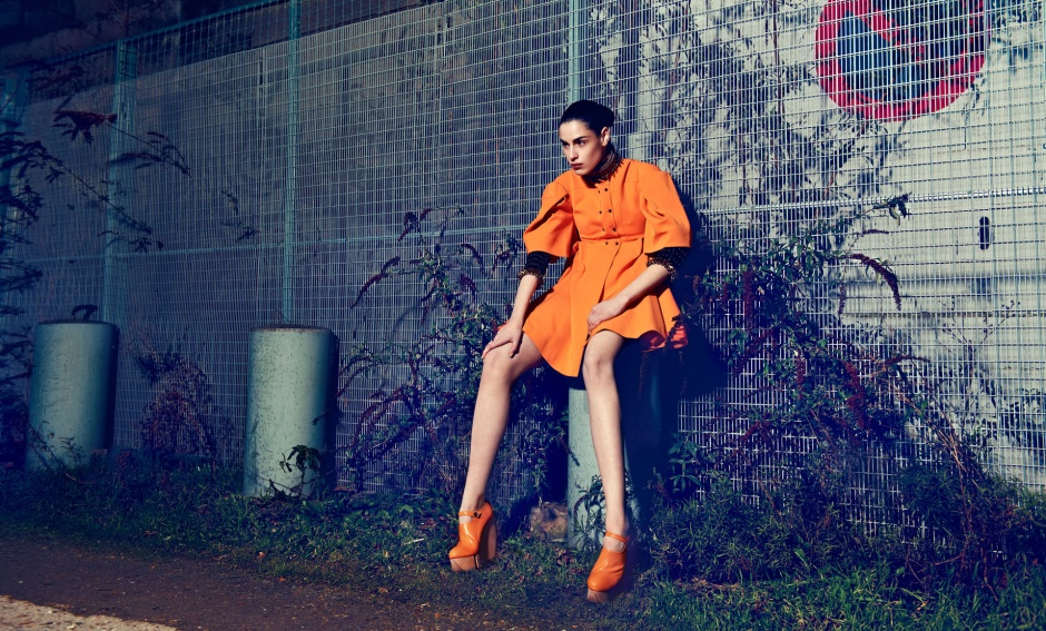 Dress and shoes by HEXA BY KUHO Necklace and cuffs by PACO RABANNE