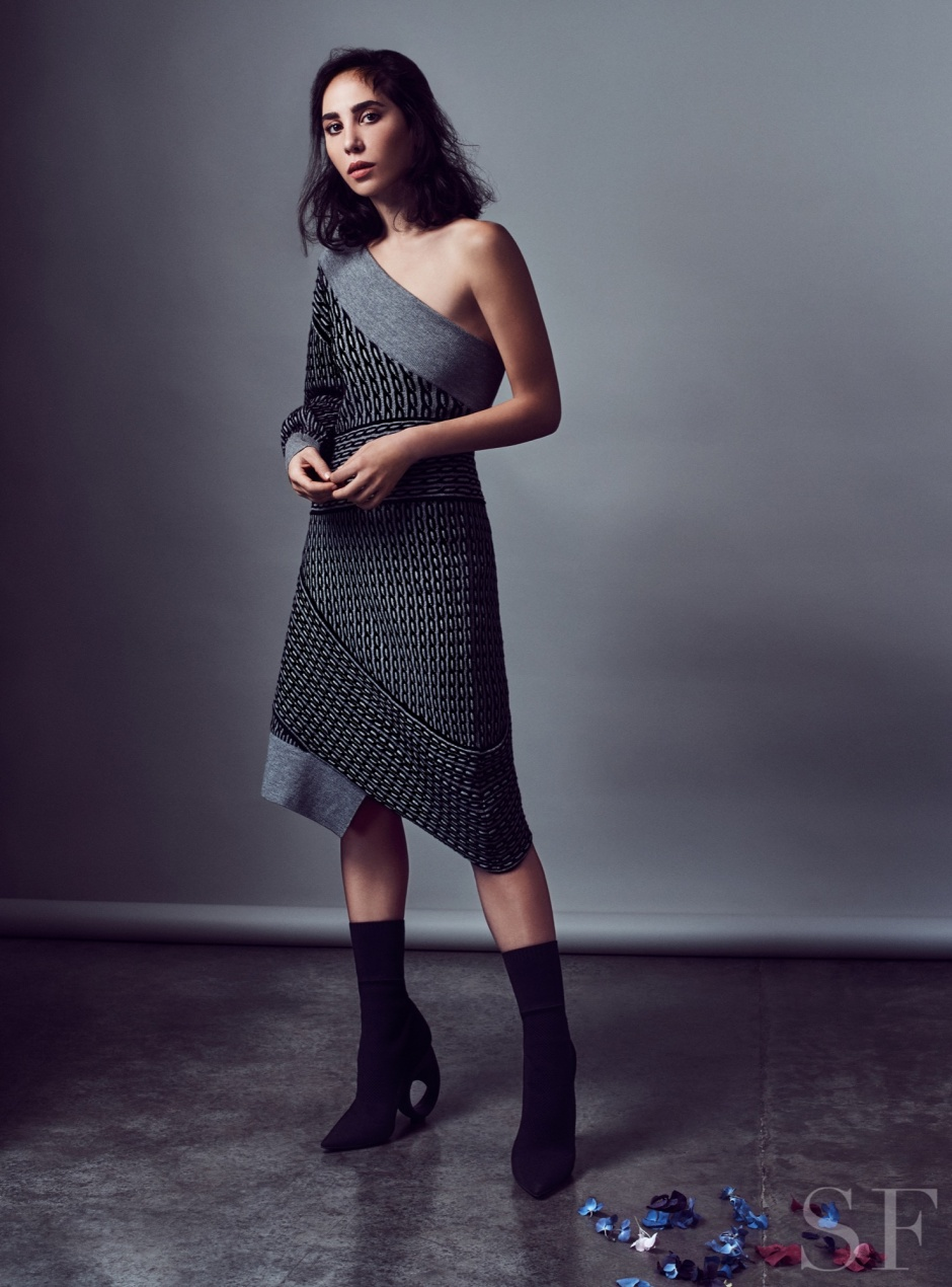 Burberry February Collection, Henry Moore, Burberry, Dana Hourani