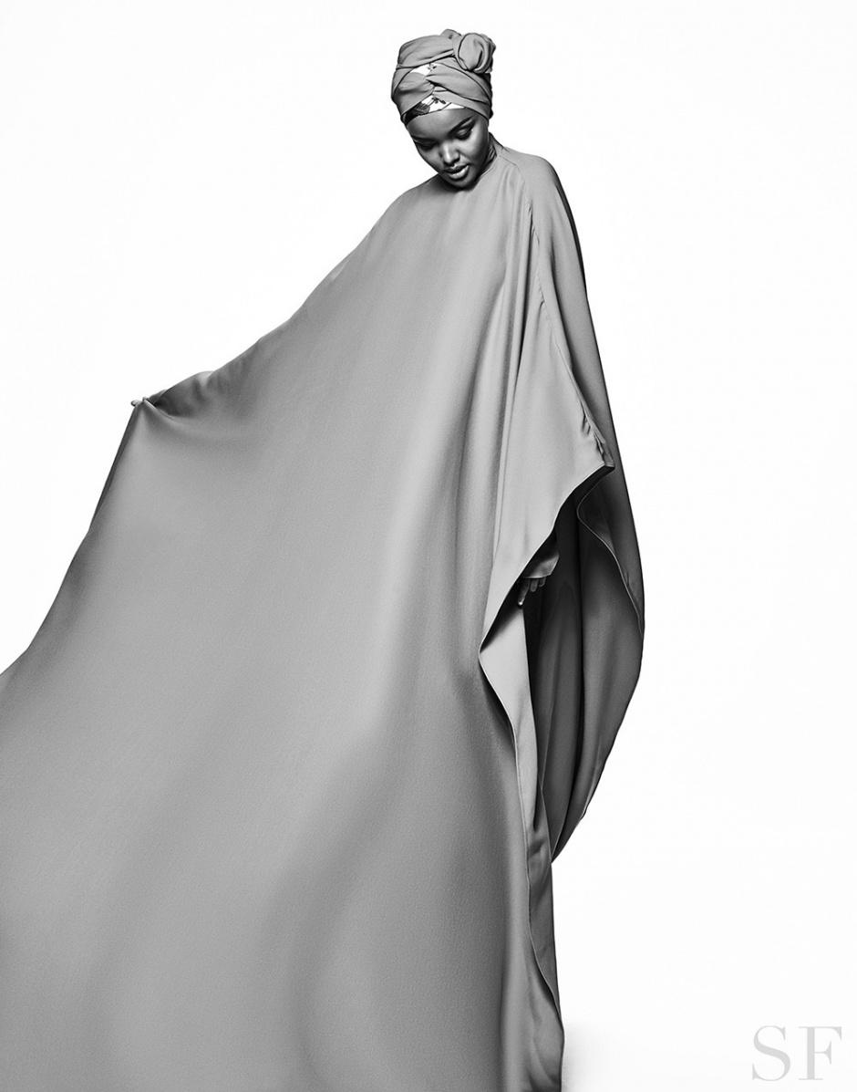 Halima Aden Savoir Flair
